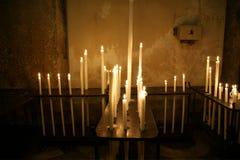 καίγοντας εκκλησία κεριών Στοκ εικόνες με δικαίωμα ελεύθερης χρήσης