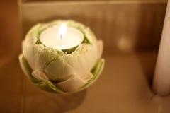 Καίγοντας κερί στο λωτό Στοκ Φωτογραφία
