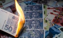 Καίγοντας κροατικά χρήματα Στοκ φωτογραφία με δικαίωμα ελεύθερης χρήσης