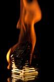 Καίγοντας σπίτι από τις αντιστοιχίες Στοκ εικόνα με δικαίωμα ελεύθερης χρήσης