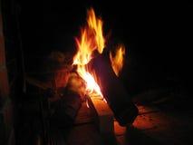 καίγοντας φλόγες εστιών Στοκ Εικόνα