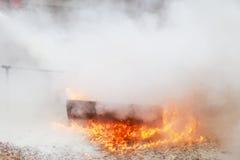 Καίγοντας φλόγα πυρκαγιάς Στοκ Εικόνες