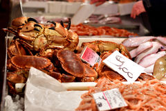 Καβούρι στην αγορά ψαριών Στοκ Εικόνα