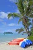 Καγιάκ στις νήσους Rarotonga Κουκ λιμνοθαλασσών Muri Στοκ Εικόνα