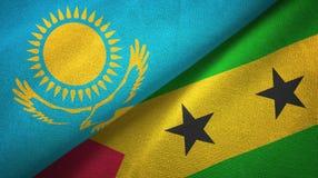 Καζακστάν και Σάο Τομέ και Πρίντσιπε δύο υφαντικό ύφασμα σημαιών, σύσταση υφάσματος διανυσματική απεικόνιση