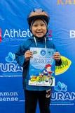 ΚΑΖΑΚΣΤΑΝ, ΑΛΜΆΤΙ - 11 ΙΟΥΝΊΟΥ 2017: Γύρος de kids ανταγωνισμών ανακύκλωσης παιδιών ` s Τα παιδιά ηλικίας 2 έως 7 έτη ανταγωνίζον Στοκ Εικόνες