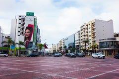 Καζαμπλάνκα, Μαρόκο - 11 Ιανουαρίου 2018: άποψη της μεγάλης διασταύρωσης κυκλικής κυκλοφορίας μπροστά από το δίδυμο κέντρο σε Maa Στοκ Φωτογραφία