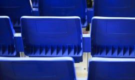 Καθίσματα σε ένα στάδιο ποδοσφαίρου Στοκ Εικόνα