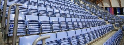 Καθίσματα στο μπλε αθλητικών Centrum Στοκ εικόνες με δικαίωμα ελεύθερης χρήσης