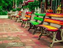 Καθίστε σε ένα χρώμα Στοκ φωτογραφία με δικαίωμα ελεύθερης χρήσης