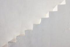 Καθαρά άσπρα σκαλοπάτια Στοκ φωτογραφίες με δικαίωμα ελεύθερης χρήσης