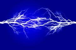 Καθαρές ενέργεια και ηλεκτρική ενέργεια που συμβολίζουν τη δύναμη Στοκ Φωτογραφίες