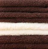 καθαρές πετσέτες σωρών Στοκ εικόνα με δικαίωμα ελεύθερης χρήσης