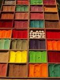 Καθαρή φυσική χρωστική ουσία υφασμάτων στην αγορά του Κατμαντού Στοκ Φωτογραφίες