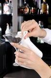 καθαρίζοντας γυαλί Στοκ φωτογραφία με δικαίωμα ελεύθερης χρήσης