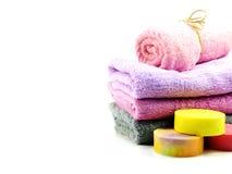 Καθαρίζοντας εξαρτήματα SPA με τα προϊόντα λουτρών κρέμας σαπουνιών και ντους σαμπουάν Στοκ Εικόνες