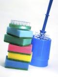 καθαρίζοντας ζωηρόχρωμες προμήθειες Στοκ εικόνες με δικαίωμα ελεύθερης χρήσης