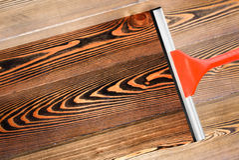 καθαρίζοντας πάτωμα Στοκ εικόνες με δικαίωμα ελεύθερης χρήσης