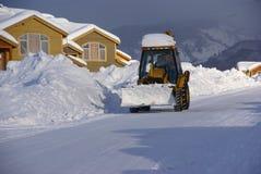 καθαρίζοντας snowplow οδοί Στοκ φωτογραφία με δικαίωμα ελεύθερης χρήσης