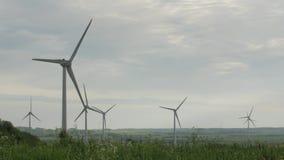 Καθαρίστε και ανανεώσιμη ενέργεια, αιολική ενέργεια, στρόβιλος, ανεμόμυλος, ενεργειακή παραγωγή απόθεμα βίντεο