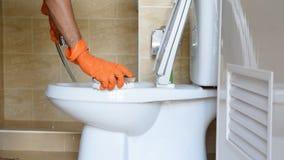 Καθαρίστε την τουαλέτα απόθεμα βίντεο