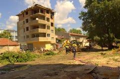 Καθαρισμός аfter που πλημμυρίζει στις 19 Ιουνίου της Βάρνας Βουλγαρία Στοκ εικόνες με δικαίωμα ελεύθερης χρήσης