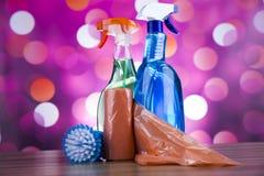 Καθαρισμός, ζωηρόχρωμο θέμα εγχώριας εργασίας Στοκ φωτογραφία με δικαίωμα ελεύθερης χρήσης