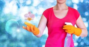 Καθαρισμός και καθαρισμός των εγκαταστάσεων Στοκ φωτογραφία με δικαίωμα ελεύθερης χρήσης