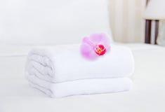 Καθαρισμός σε ένα δωμάτιο ξενοδοχείου Στοκ Εικόνες