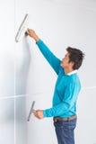 Καθαρισμός τοίχων Στοκ φωτογραφία με δικαίωμα ελεύθερης χρήσης