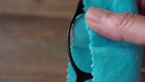 Καθαρισμός eyeglasses φιλμ μικρού μήκους
