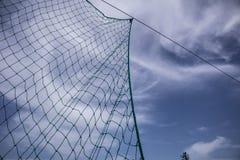 Καθαρός με το υπόβαθρο ουρανού στοκ φωτογραφία με δικαίωμα ελεύθερης χρήσης
