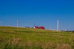 Καθαρός τομέας με αγροτικό και τη αστική ανάπτυξη στοκ φωτογραφία με δικαίωμα ελεύθερης χρήσης