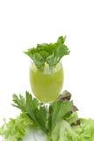 Καθαρός φρέσκος πράσινος φυτικός χυμός στο γυαλί Στοκ εικόνα με δικαίωμα ελεύθερης χρήσης