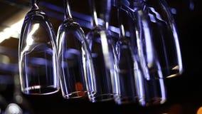 καθαρό κρασί γυαλιών φιλμ μικρού μήκους