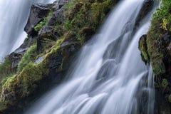 Καθαρό νερό από την πηγή Στοκ Εικόνες