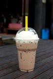 Καθαρό φλυτζάνι του καφέ πάγου. Στοκ φωτογραφία με δικαίωμα ελεύθερης χρήσης