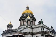 Καθεδρικός ναός Αγίου isaacs σε Άγιο Πετρούπολη, Ρωσία στοκ εικόνες