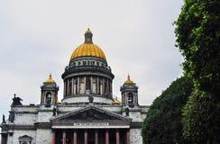 Καθεδρικός ναός Αγίου isaacs σε Άγιο Πετρούπολη, Ρωσία στοκ φωτογραφία με δικαίωμα ελεύθερης χρήσης