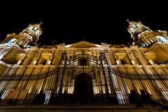Καθεδρικός ναός βασιλικών Arequipa τη νύχτα Στοκ Φωτογραφίες