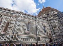 Καθεδρικός ναός της Σάντα Μαρία del Fiore στη Φλωρεντία στην πλατεία Duomo - μεγαλύτερη έλξη στην πόλη - ΦΛΩΡΕΝΤΙΑ/ΙΤΑΛΙΑ - Στοκ Εικόνες