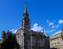 Καθεδρικός ναός του Εδιμβούργου μια ηλιόλουστη ημέρα - Σκωτία Στοκ εικόνα με δικαίωμα ελεύθερης χρήσης