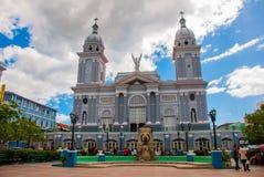 Καθεδρικός ναός του Σαντιάγο de Κούβα από το Parque Cespedes Στοκ Φωτογραφίες