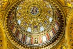 Καθεδρικός ναός Βουδαπέστη Ουγγαρία Αγίου Stephens θόλων Χριστού Θεών Στοκ Εικόνες