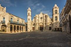 Καθεδρικός ναός και plaza της Αβάνας Στοκ φωτογραφίες με δικαίωμα ελεύθερης χρήσης