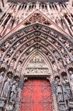 Καθεδρικός ναός προσόψεων της κυρίας μας στο Στρασβούργο, Αλσατία Στοκ εικόνα με δικαίωμα ελεύθερης χρήσης