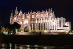 Καθεδρικός ναός της άποψης νύχτας Λα Seu της Πάλμα ντε Μαγιόρκα Στοκ Φωτογραφίες