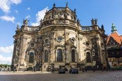 Καθεδρικός ναός της ιερής τριάδας (Katholische Hofkirche) Στοκ εικόνα με δικαίωμα ελεύθερης χρήσης