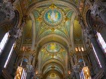 Καθεδρικός ναός της Λυών, Γαλλία - το εσωτερικό Στοκ φωτογραφία με δικαίωμα ελεύθερης χρήσης