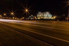 Καθεδρικός ναός της Πάλμα ντε Μαγιόρκα τη νύχτα Στοκ Εικόνες